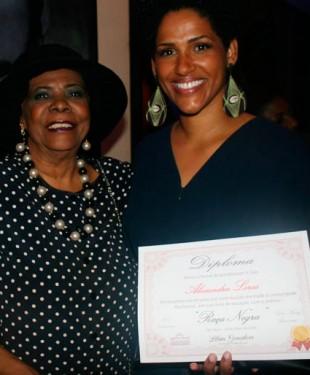 Prêmio Raça Brasil, homenageia ilustres - na foto Alexandra Loras, consulesa da França  e Maria do Carmo, da Muene