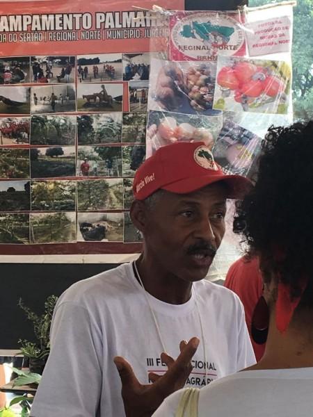 feira reforma agraria barracas plantas